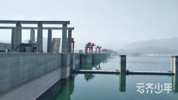 2019 yunqichengshidingxiang yichang2ri tu5